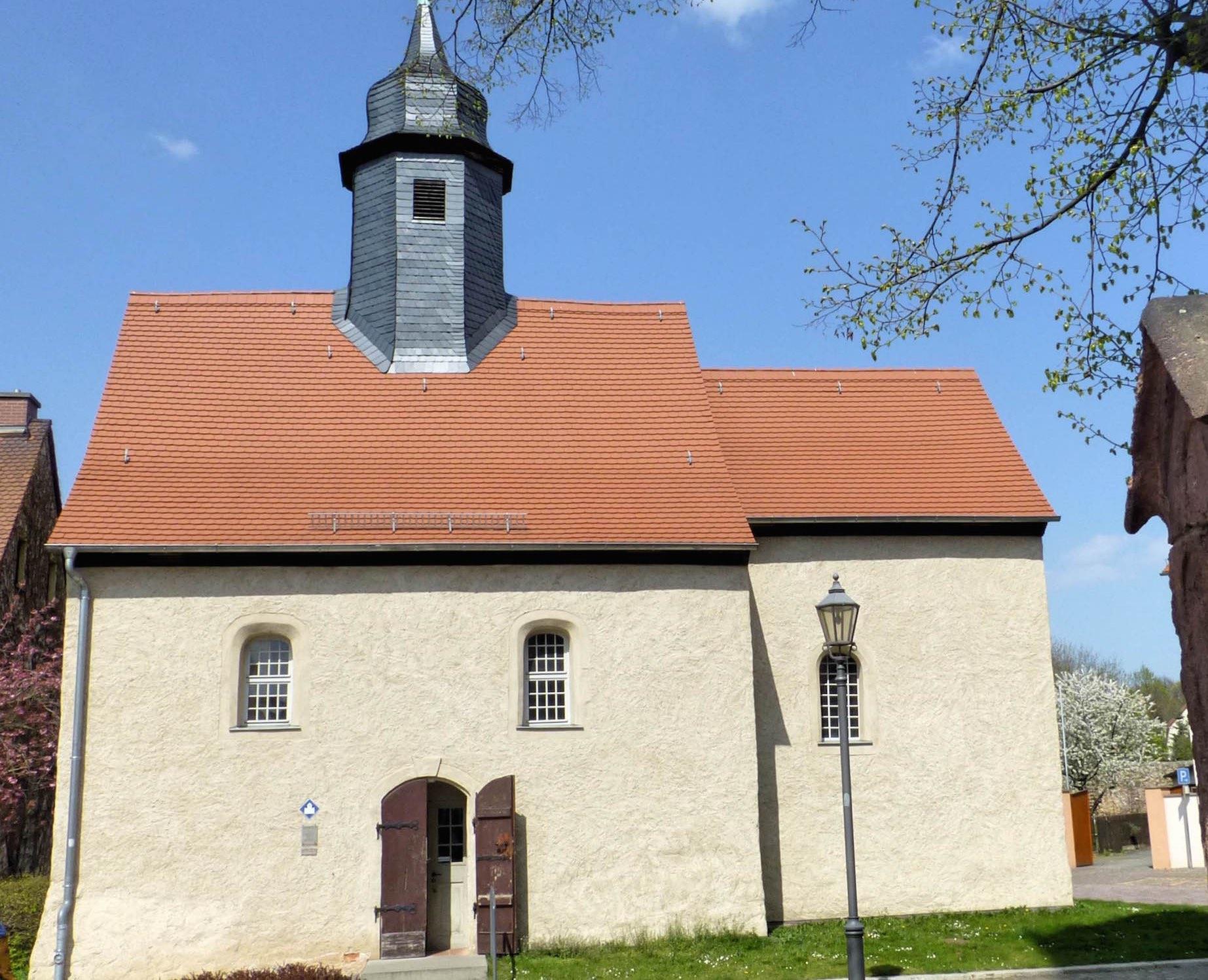 Kirche-aussen-P1040263_Fotor2